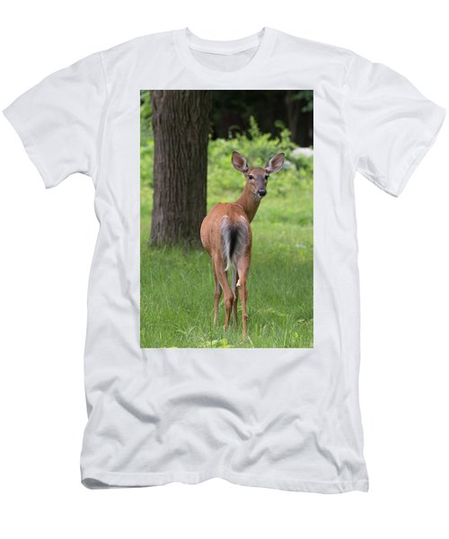 Deer Looking Back Men's T-Shirt (Athletic Fit)