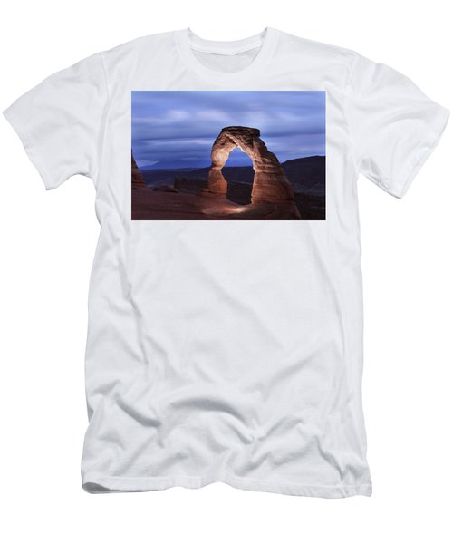 Delicate Arch At Twilight Men's T-Shirt (Athletic Fit)