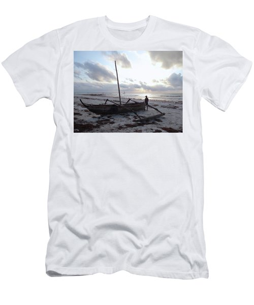 Dhow Wooden Boats At Sunrise With Fisherman Men's T-Shirt (Athletic Fit)