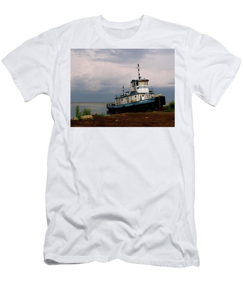 Docked On The Shore Men's T-Shirt (Athletic Fit)
