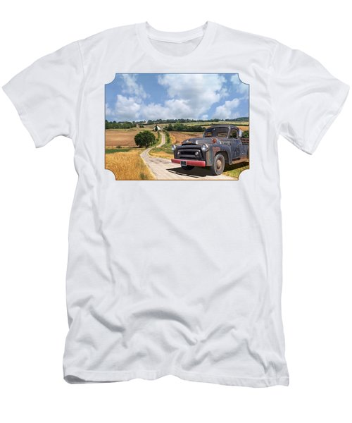 Down On The Farm - International Harvester S-100 Men's T-Shirt (Athletic Fit)