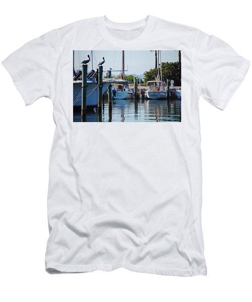 Duneden Fl. Men's T-Shirt (Athletic Fit)