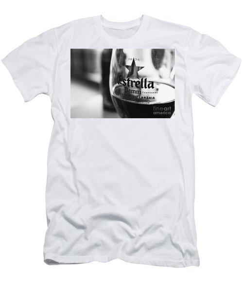 Estrella Damm Men's T-Shirt (Athletic Fit)
