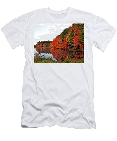 Fall Colors In Madbury Nh Men's T-Shirt (Slim Fit) by Nancy Landry