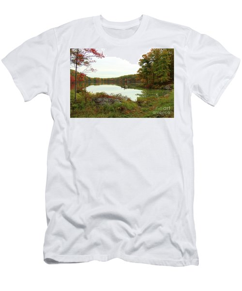 Fall In New York Men's T-Shirt (Athletic Fit)