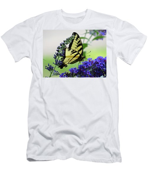 Feeding From A Nectar Plant Men's T-Shirt (Athletic Fit)