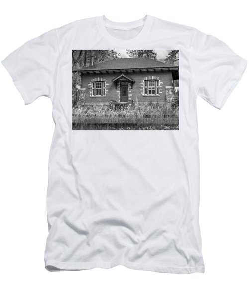 Field Telegraph Station Men's T-Shirt (Athletic Fit)