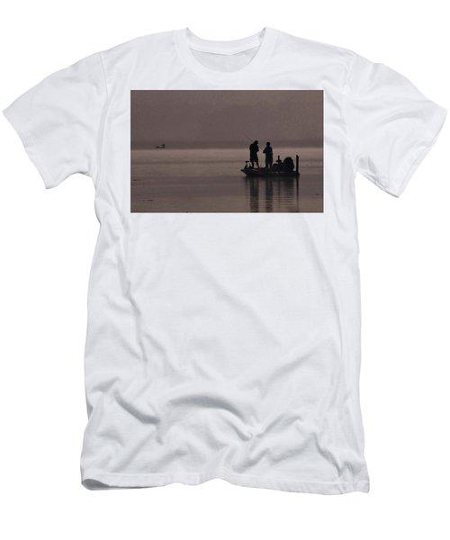 Foggy Fishing Men's T-Shirt (Athletic Fit)