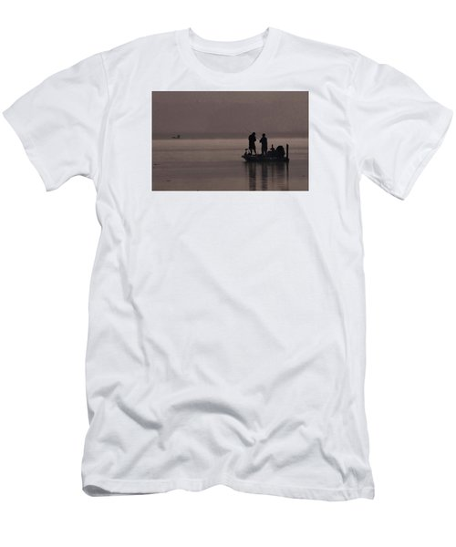 Foggy Fishing Men's T-Shirt (Athletic Fit)