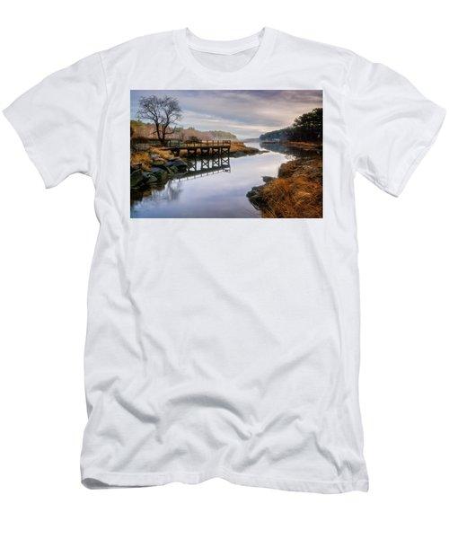 Frenchman's Pier Gloucester Men's T-Shirt (Athletic Fit)