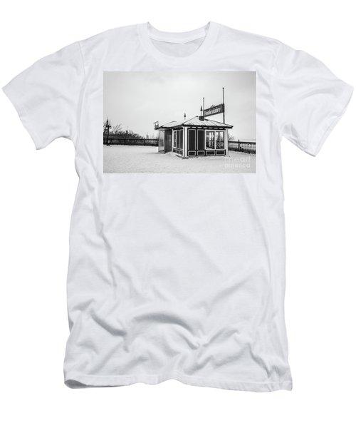 Funiculaire Quebec City Men's T-Shirt (Athletic Fit)