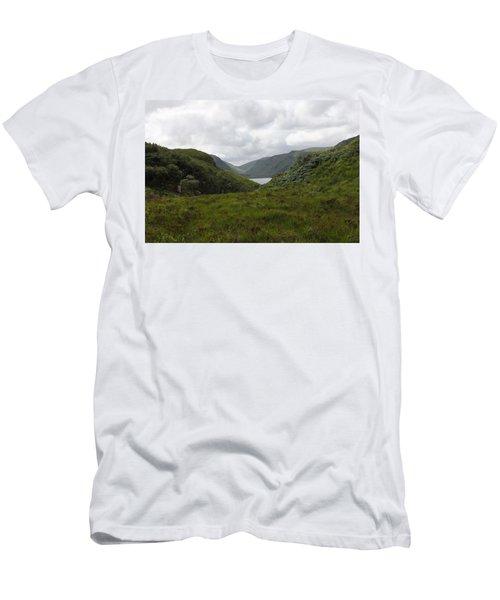 Glenveagh National Park Men's T-Shirt (Athletic Fit)
