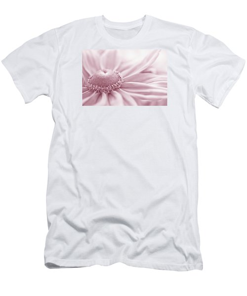 Gloriosa Daisy In Pink  Men's T-Shirt (Slim Fit) by Sandra Foster