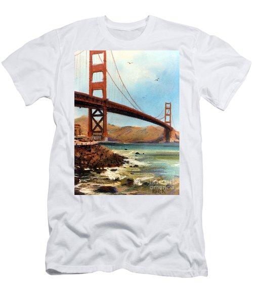 Golden Gate Bridge Looking North Men's T-Shirt (Athletic Fit)
