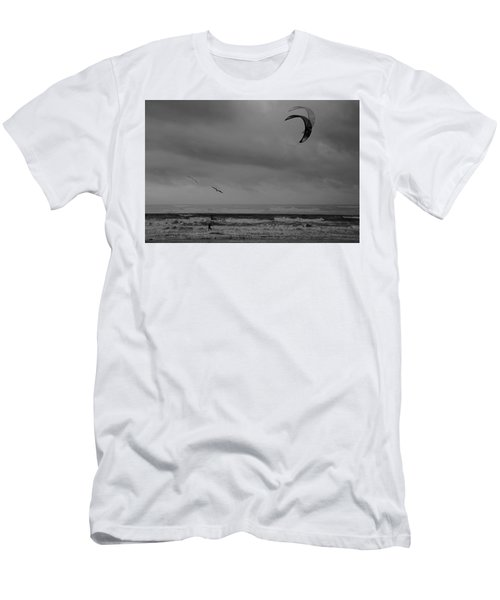 Grainy Wind Surf Men's T-Shirt (Athletic Fit)