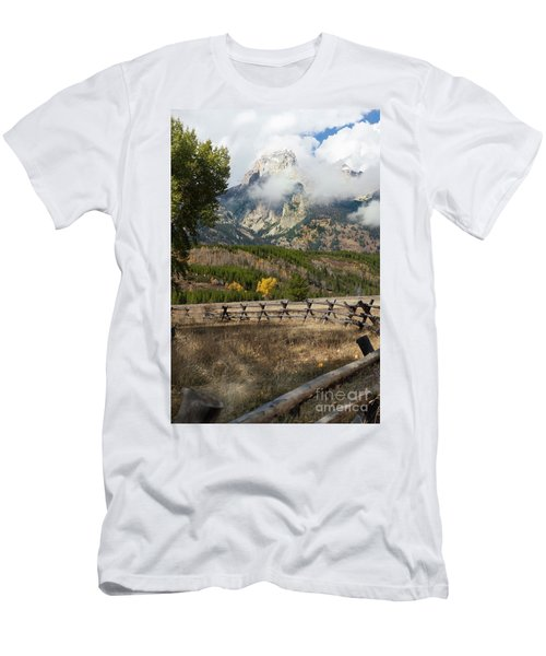 Grand Teton National Park, Wyoming Men's T-Shirt (Athletic Fit)