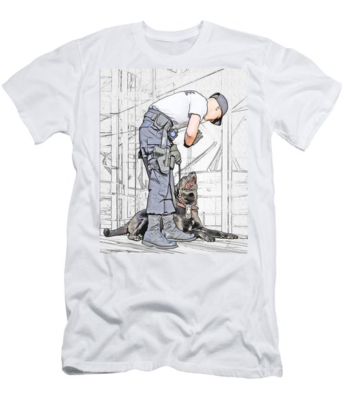 Guarding The City Men's T-Shirt (Athletic Fit)