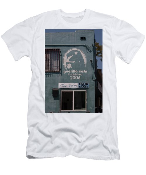 Guerilla Cafe - Chic Hair And Nails Men's T-Shirt (Athletic Fit)