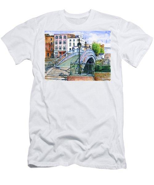 Ha'penny Bridge Dublin Men's T-Shirt (Athletic Fit)