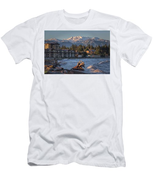 High Tide In The Bay Men's T-Shirt (Athletic Fit)