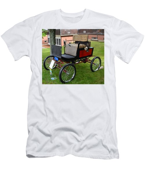 Horseless Carriage-c Men's T-Shirt (Athletic Fit)