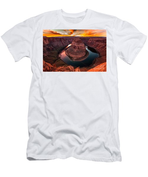 Horseshoe Bend, Colorado River, Page, Arizona  Men's T-Shirt (Athletic Fit)