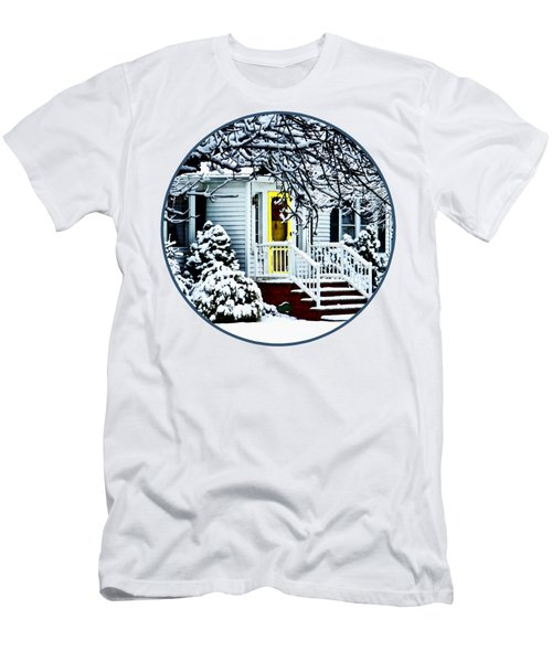 House With Yellow Door In Winter Men's T-Shirt (Athletic Fit)