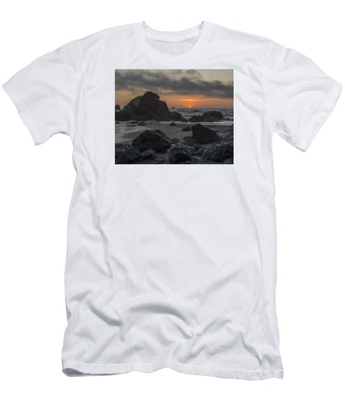 Indian Beach Sunset Men's T-Shirt (Athletic Fit)