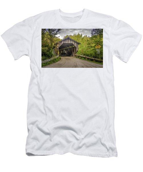 Jeffersonville Covered Bridge Men's T-Shirt (Athletic Fit)