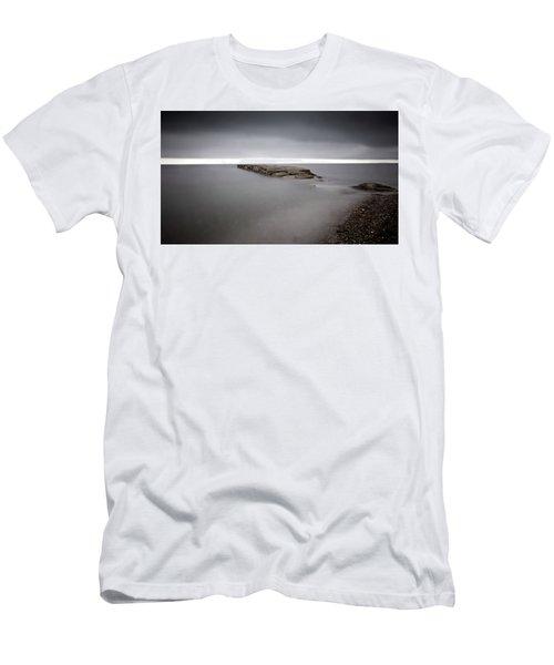 La Bloc Old Pier2 Men's T-Shirt (Athletic Fit)