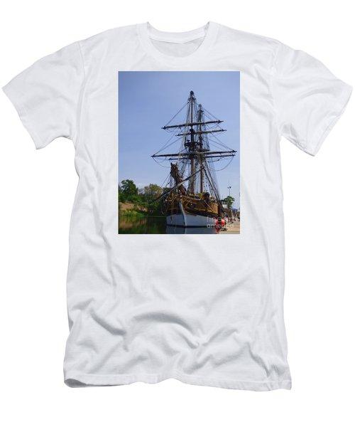 Lady Washington Men's T-Shirt (Athletic Fit)