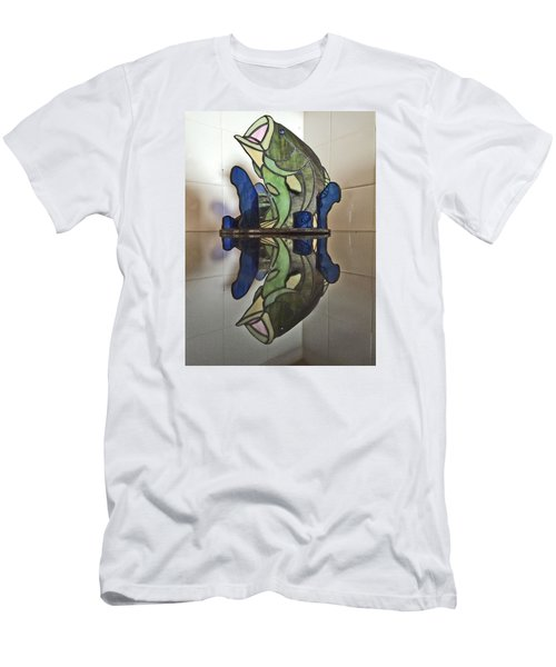 Largemouth Bass Men's T-Shirt (Athletic Fit)