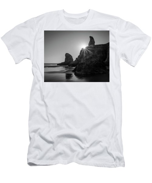 Last Light On The Coast Men's T-Shirt (Athletic Fit)