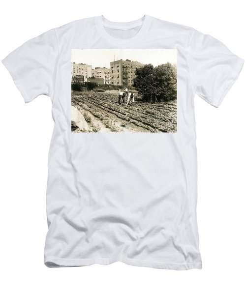 Last Working Farm In Manhattan Men's T-Shirt (Slim Fit) by Cole Thompson