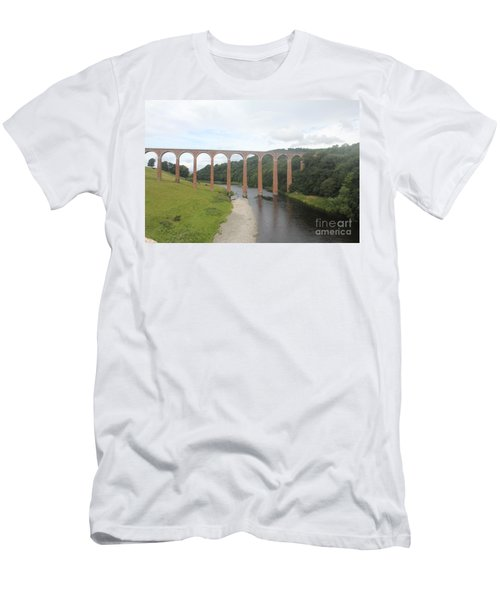 Men's T-Shirt (Slim Fit) featuring the photograph Leaderfoot Viaduct by David Grant