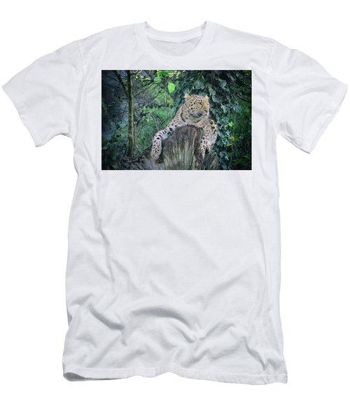 Leopard Lookout Men's T-Shirt (Athletic Fit)