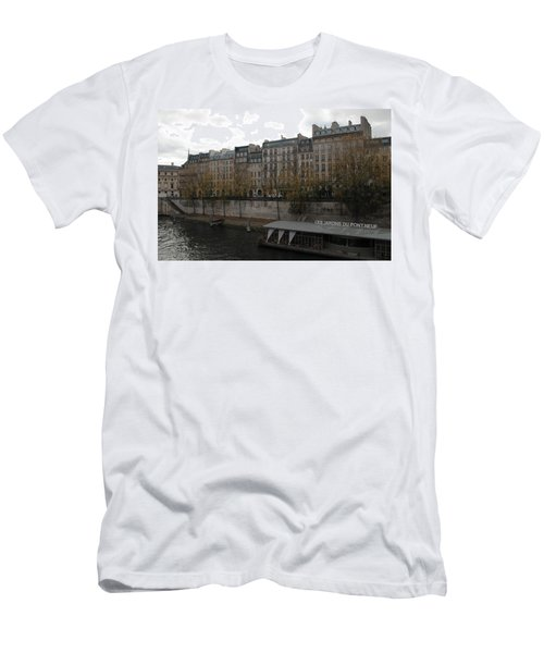Les Jardins Du Pont Neuf Men's T-Shirt (Athletic Fit)