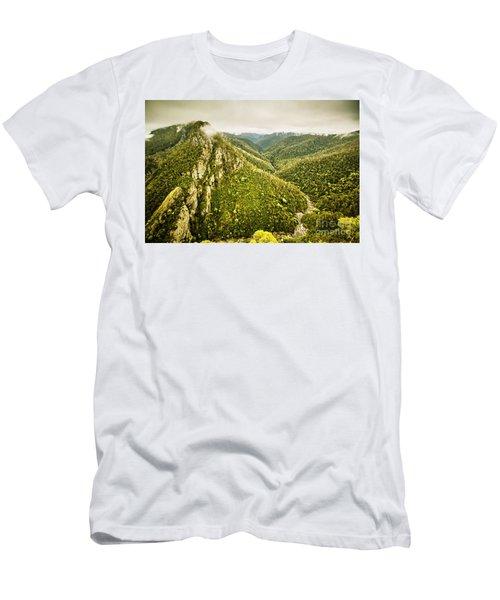 Leven Canyon Reserve Tasmania Men's T-Shirt (Athletic Fit)