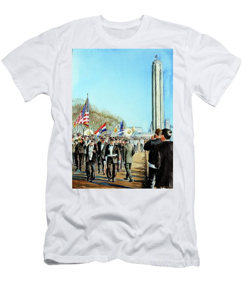 Liberty Memorial Kc Veterans Day 2001 Men's T-Shirt (Athletic Fit)
