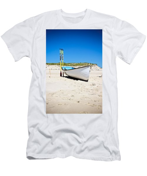 Lifeboat And Oars Men's T-Shirt (Athletic Fit)