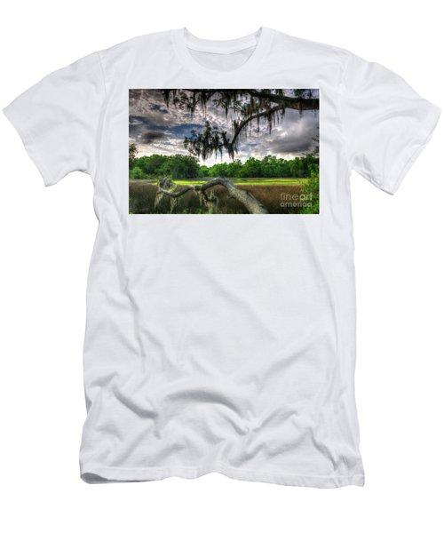 Live Oak Marsh View Men's T-Shirt (Athletic Fit)