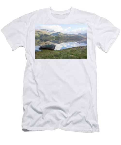 Loch Beg Reflects Men's T-Shirt (Athletic Fit)