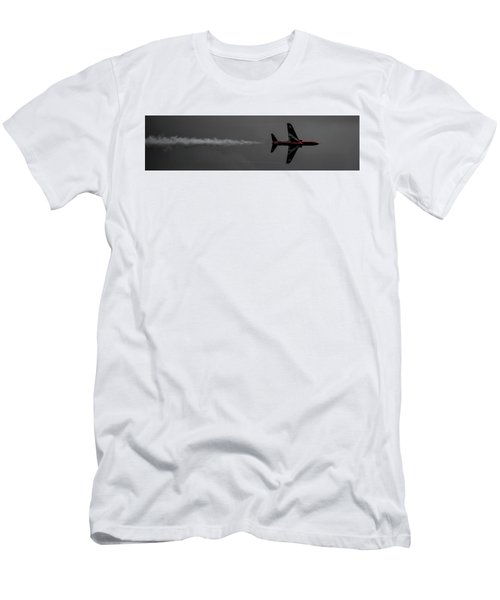 Lone Red Arrow Smoke Trail - Teesside Airshow 2016 Men's T-Shirt (Athletic Fit)