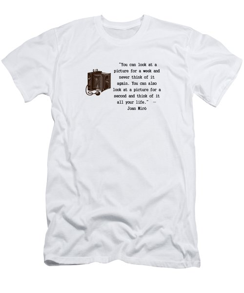 Looking At A Picture Men's T-Shirt (Slim Fit) by Pat Cook