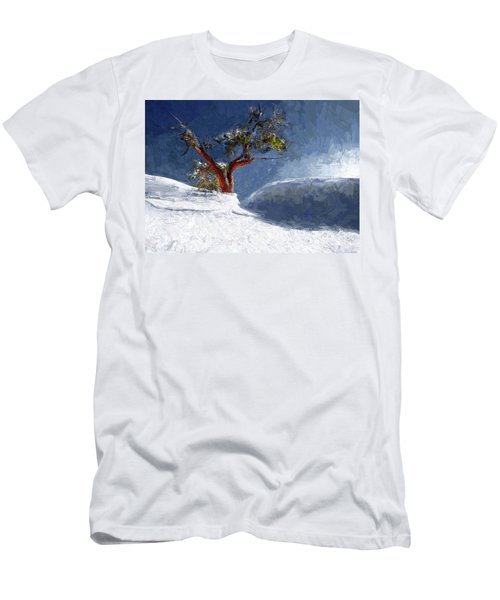 Lost In The Snow Men's T-Shirt (Athletic Fit)