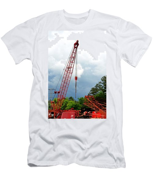 Manitowoc Crane 2015 Men's T-Shirt (Athletic Fit)