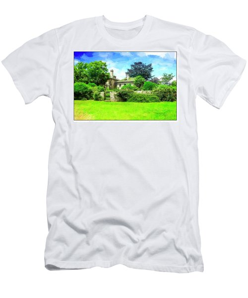Mansion And Gardens At Harkness Park. Men's T-Shirt (Athletic Fit)
