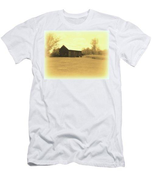 Memories Of Long Ago - Barn Men's T-Shirt (Athletic Fit)