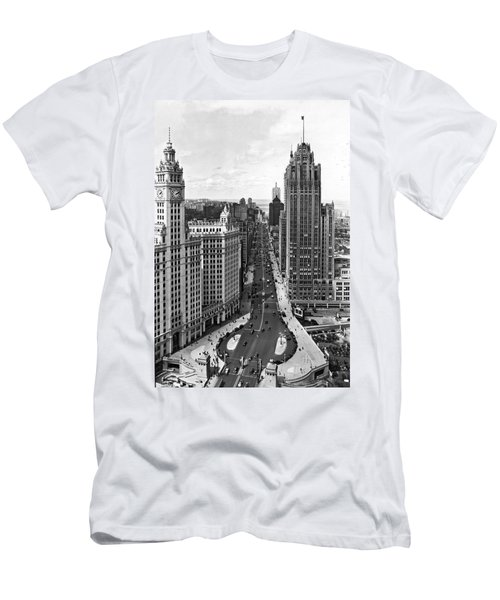 Michigan Avenue In Chicago Men's T-Shirt (Athletic Fit)