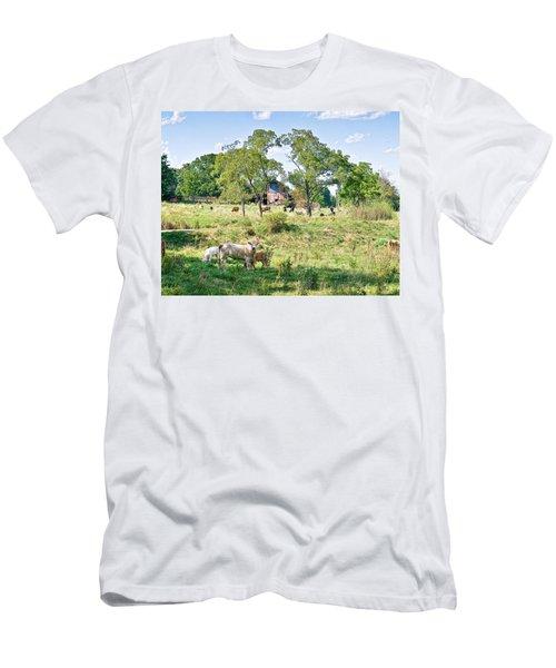 Midwest Cattle Ranch Men's T-Shirt (Athletic Fit)